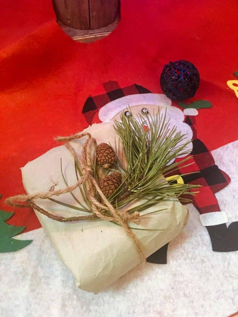 Füllmaterial als nachhaltige Geschenkverpackung